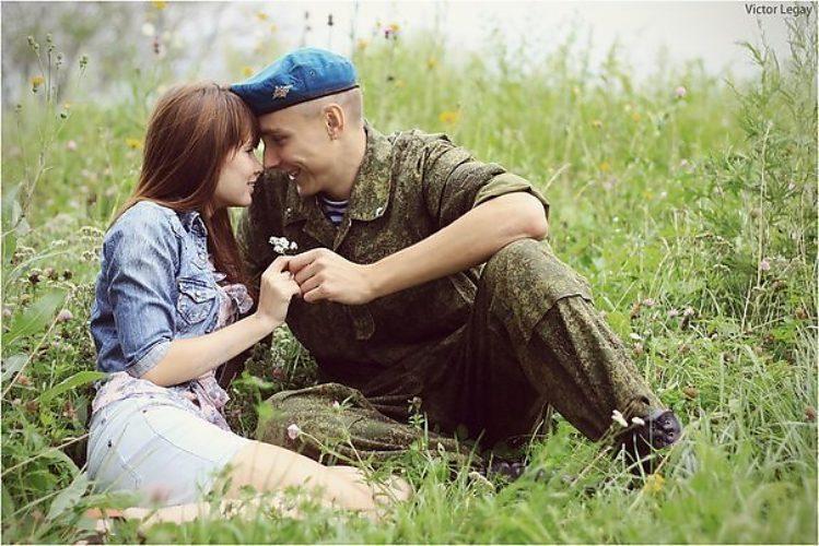 Солдат с девочкой картинка