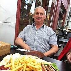 Фотография мужчины Олег, 65 лет из г. Березне