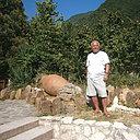 Михаил, 61 год