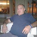 Ivan, 61 год