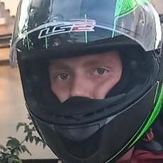 Фотография мужчины Данил, 20 лет из г. Николаев