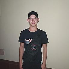 Фотография мужчины Вадим, 20 лет из г. Новогродовка