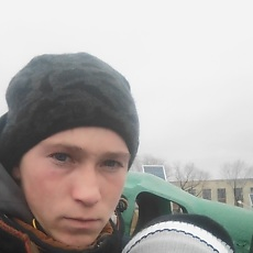 Фотография мужчины Denis, 19 лет из г. Омск