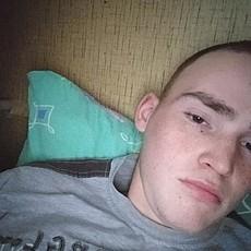 Фотография мужчины Ваня, 19 лет из г. Воткинск